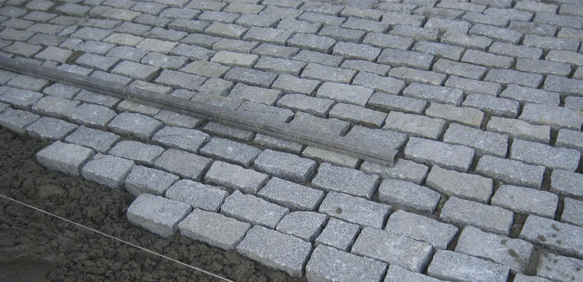 Adoqu n granito gris jbernardos - Adoquines de granito ...