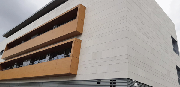 blog-fachada-caliza-hueso-naturpiedra5